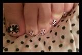pink♡♡black toes