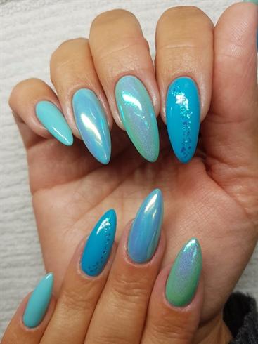 Blue nail design