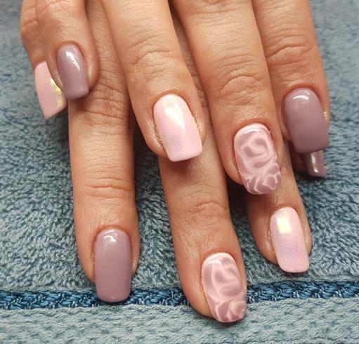 Pink Mude