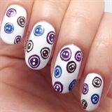 Button nails