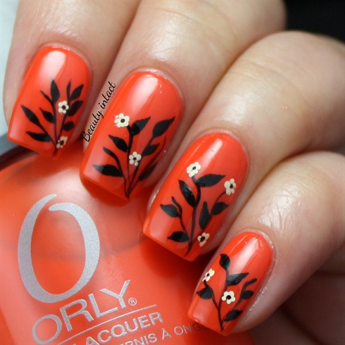 Leafy spring nails