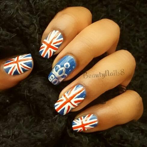 Queen, Tiara, Union Jack