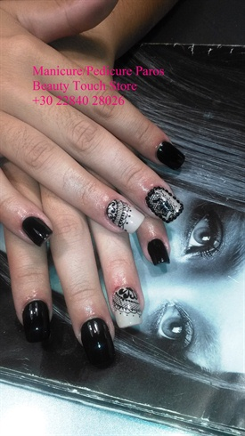 Manicure/Pedicure Paros