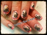 Roses on swirled Gelish tips