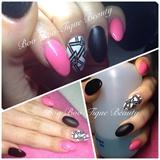 💅 Pink, Black, White & Glitter 💅