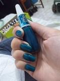Azul pavão.