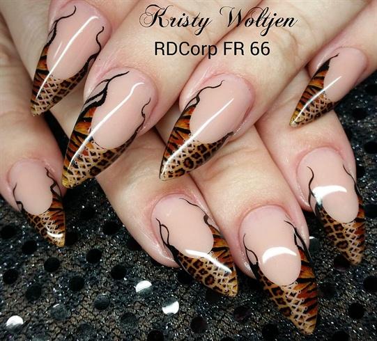 Leopard Print Corset Nails
