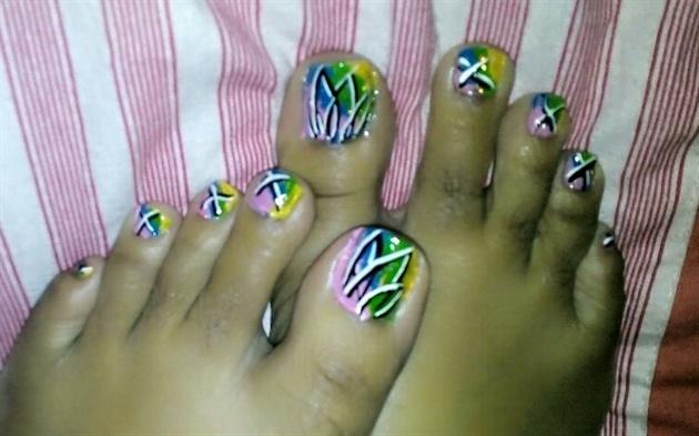 colourful toenailart