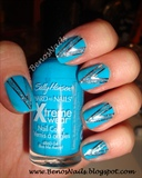 V shaped blue nails