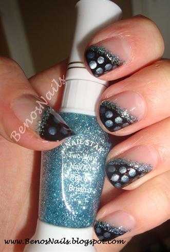 Polka dots frensh manicure