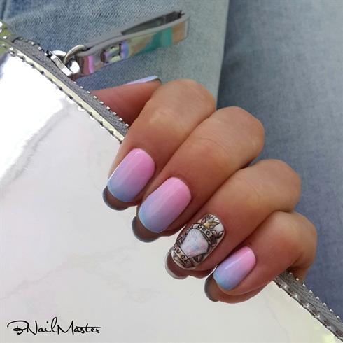 Queen Tattoo Manicure