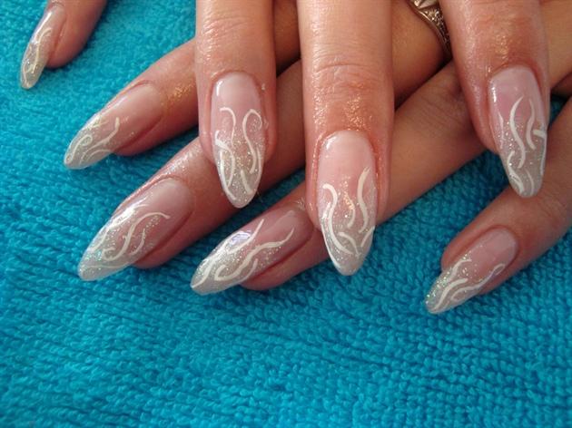 Фото ногтей стилет с дизайном