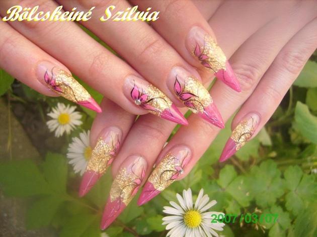 Nails Zone Design