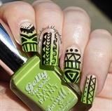 Gradient Tribal Nails