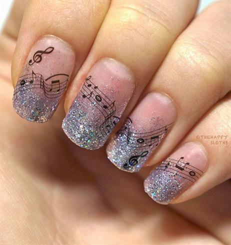 Musical Notes Nails