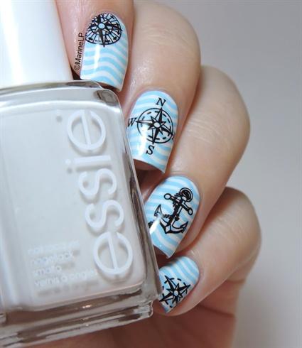 Blue Stripes Anchor Nails