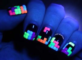 nail art: Awesome Luminous Neon Studs Nails