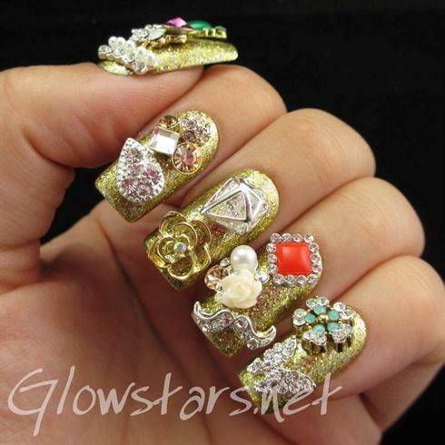 Luxury Golden 3D Nails