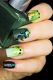 Dazzling Green Cubic Rhinestone Nails