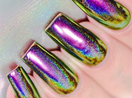 Holographic peacock powder nails
