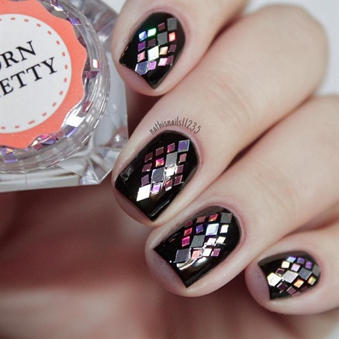 Glitter sequin nails