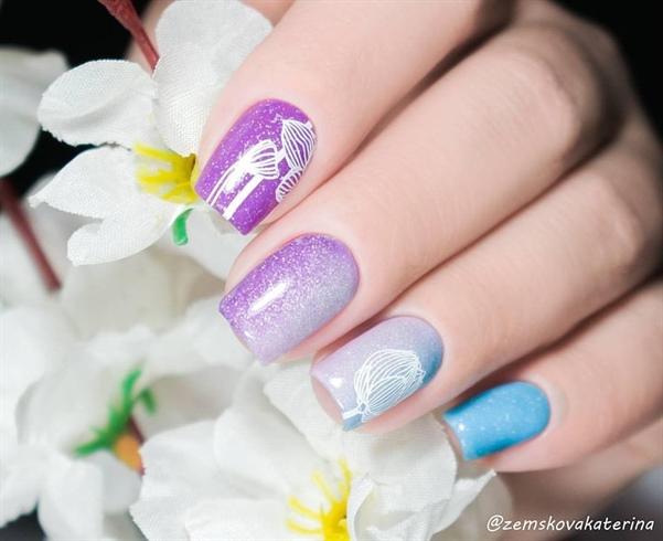 Elegant flower nail stamping