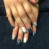 Acrylic Greyscale Nails