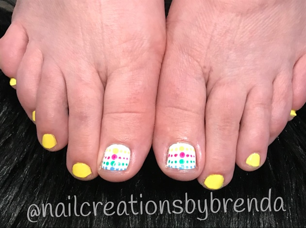 Summer Color Polkadot Toes