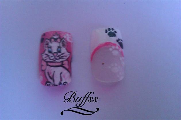 The Aristocats nail art - Marie