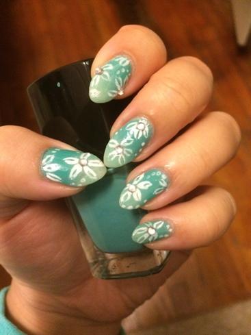 Green Ombré Nails