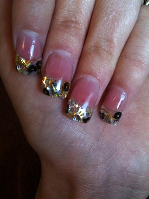 Confetti Tips Black And Gold