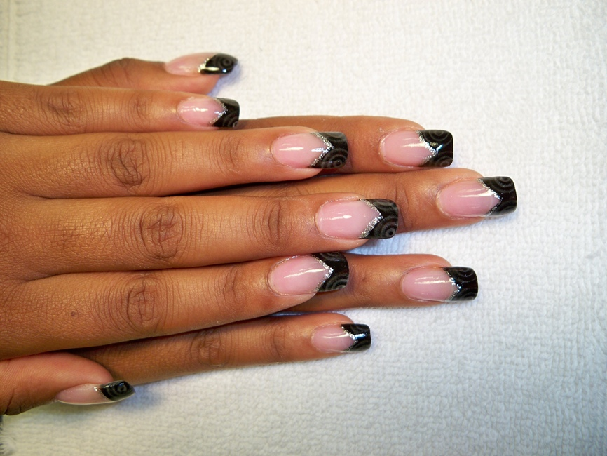 Black Acrylic Tips With Glow In The Dark Nail Art Gallery