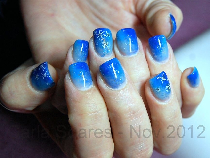 Too shades of blue - Nail Art Gallery