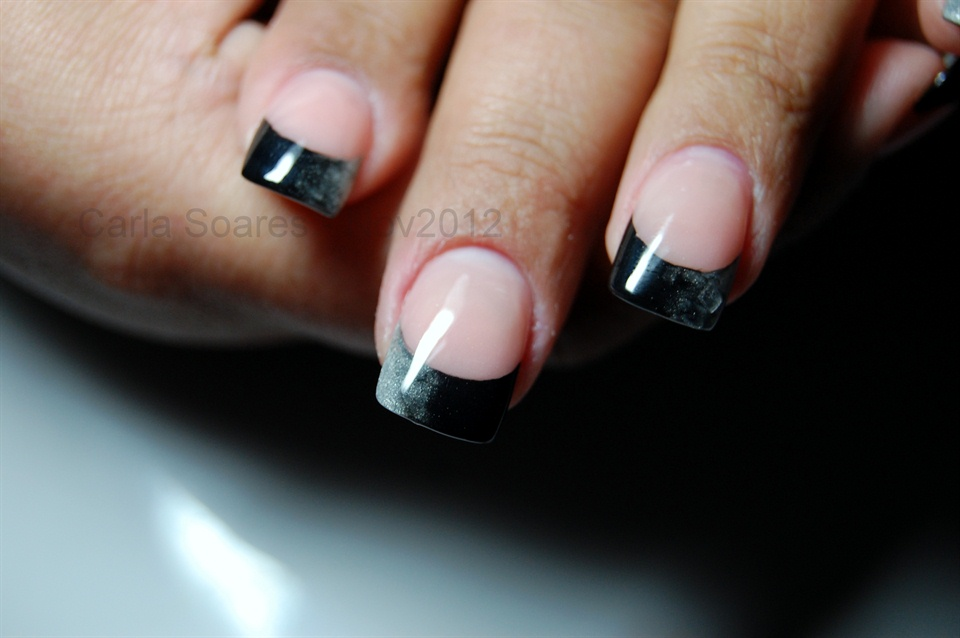 French Black & Silver (Sfumato) - Nail Art Gallery