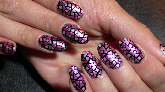 Mosaic nail art