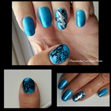 Pearl Jam handpainted nail art.
