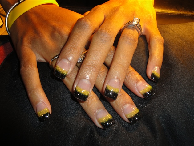 Black And Yellow Nail Art Gallery
