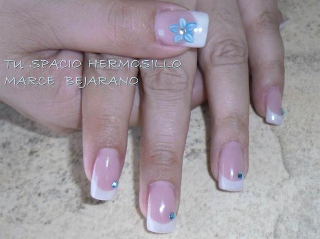 francés con flor 3d turquesa