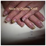 Elegant Gold Nails