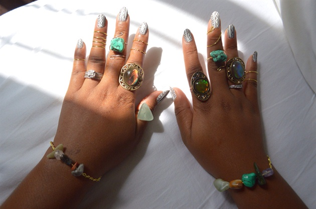 Hand Painted Cable Knit  Sweater Nails