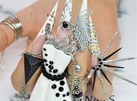 nail art: NTNA  - Challenge 3 - part 2
