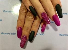 nail art: Pink