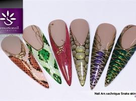 NailArt SnakeSkin technique
