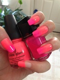 Gradient Coral Nails - Neon