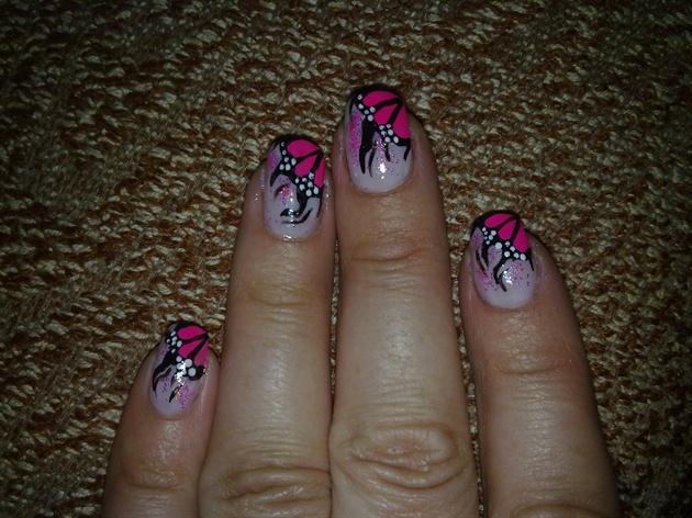 Фото завитков на ногтях