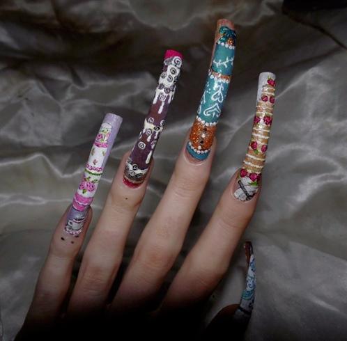 Cake couture nail art.