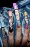 The Big Bang Theory -left hand close ups