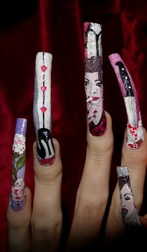 Anti Valentine's nail art..
