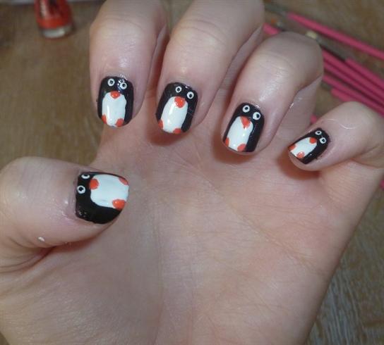 Penguin Nail Art Designs: Nail Art Gallery