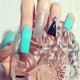 Aqua nail